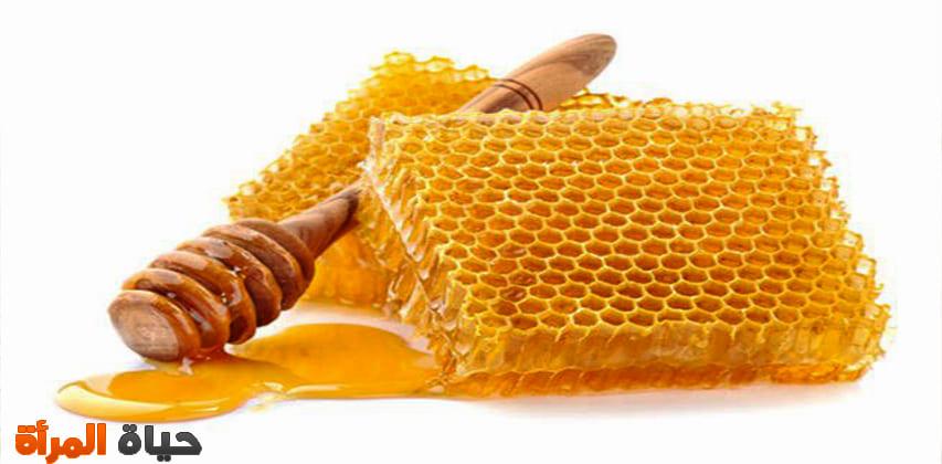 فوائد وأضرار شمع العسل